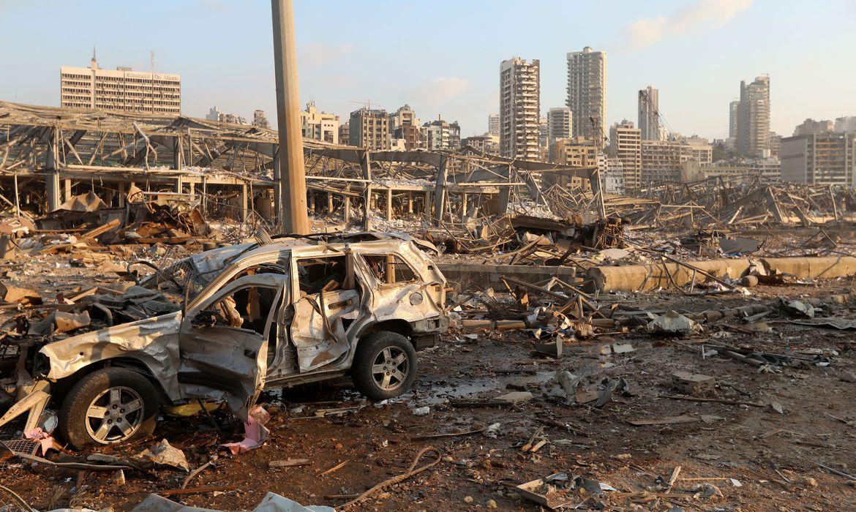 Líbano lida com devastação feita por explosões no porto