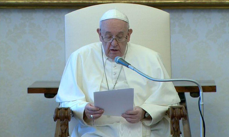Em novo decreto, papa autoriza mais fun��es para mulheres na Igreja | Bahia tempo real