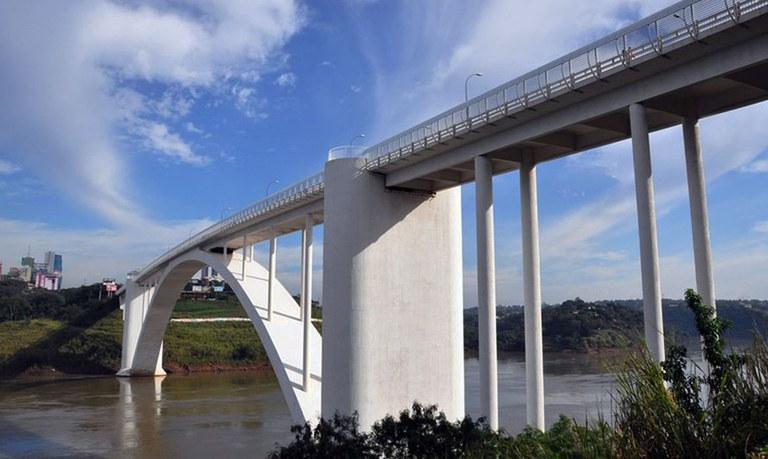 Brasil reabre fronteira com Paraguai | Bahia em tempo real