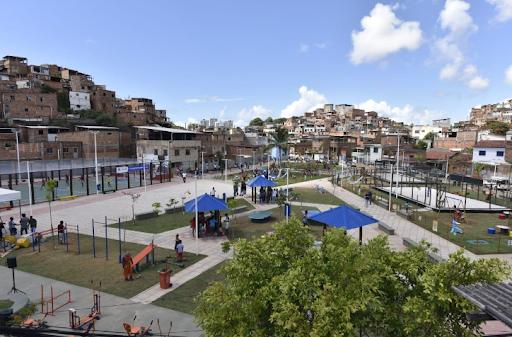 Nova praça proporciona mais qualidade de vida à Saramandaia | Bahia em tempo real