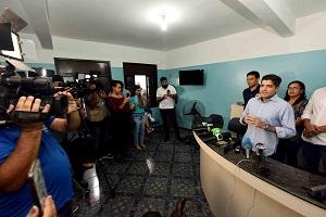 Prefeitura determina fechamento de praias e mudan�as em empresas de call center | Bahia tempo real