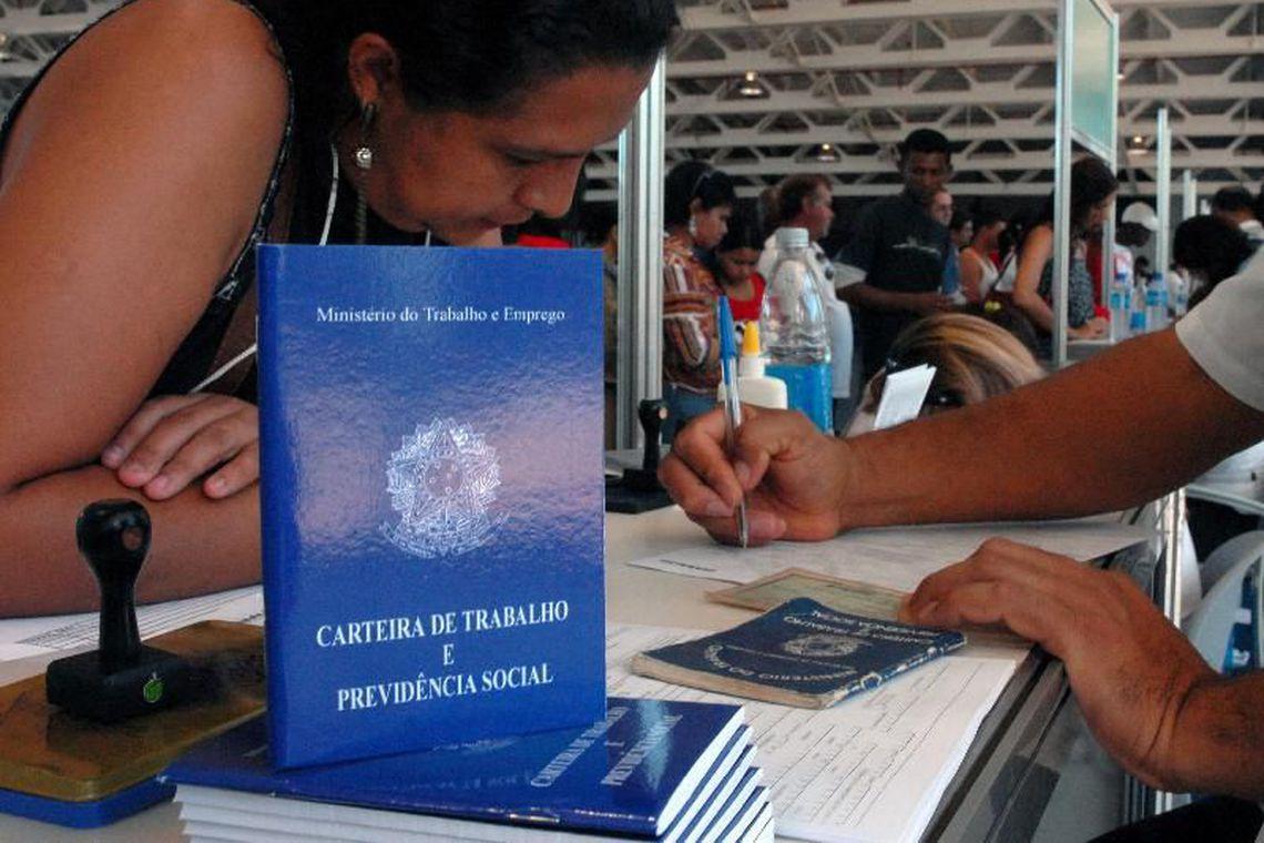 Caged registra cria��o de 70,8 mil postos de trabalho em outubro | Bahia tempo real