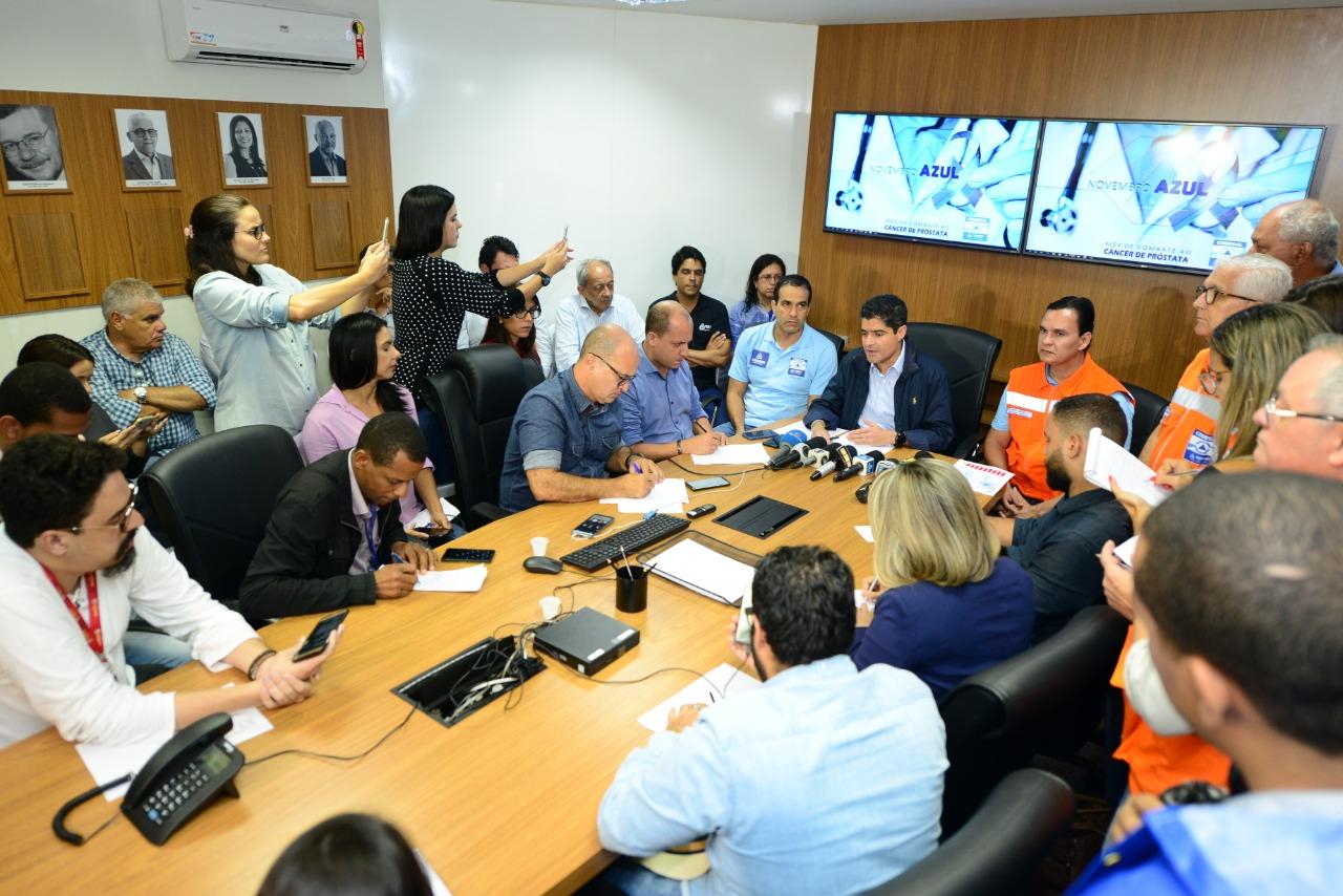 ACM Neto vistoria impactos das chuvas e anuncia medidas para normalizar cidade | Bahia tempo real
