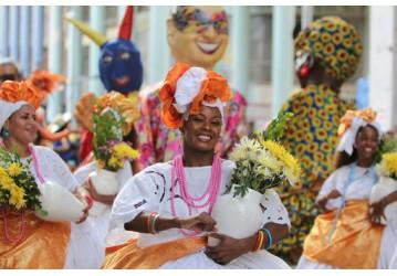 Lavagem Cultural dá inicio à programação do Carnaval no Pelourinho