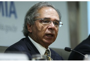 Celular do ministro Paulo Guedes é hackeado