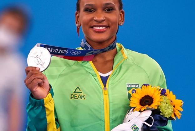 Rebeca Andrade fatura prata, 1ª medalha na ginástica feminina do país | Bahia tempo real